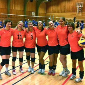 Blir Du Med På Volleyball?
