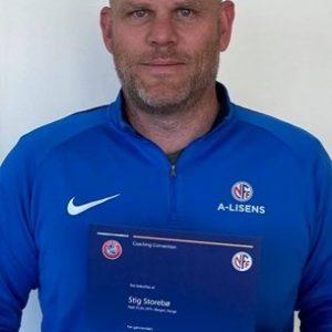 Stig Med UEFA A-lisens